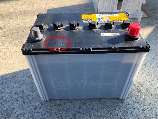 DJデミオの純正バッテリー 4WD ディーゼル i-ELOOPの未装着車