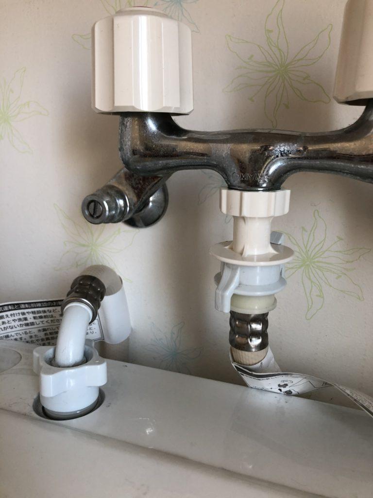 洗濯機の給水蛇口はずれ